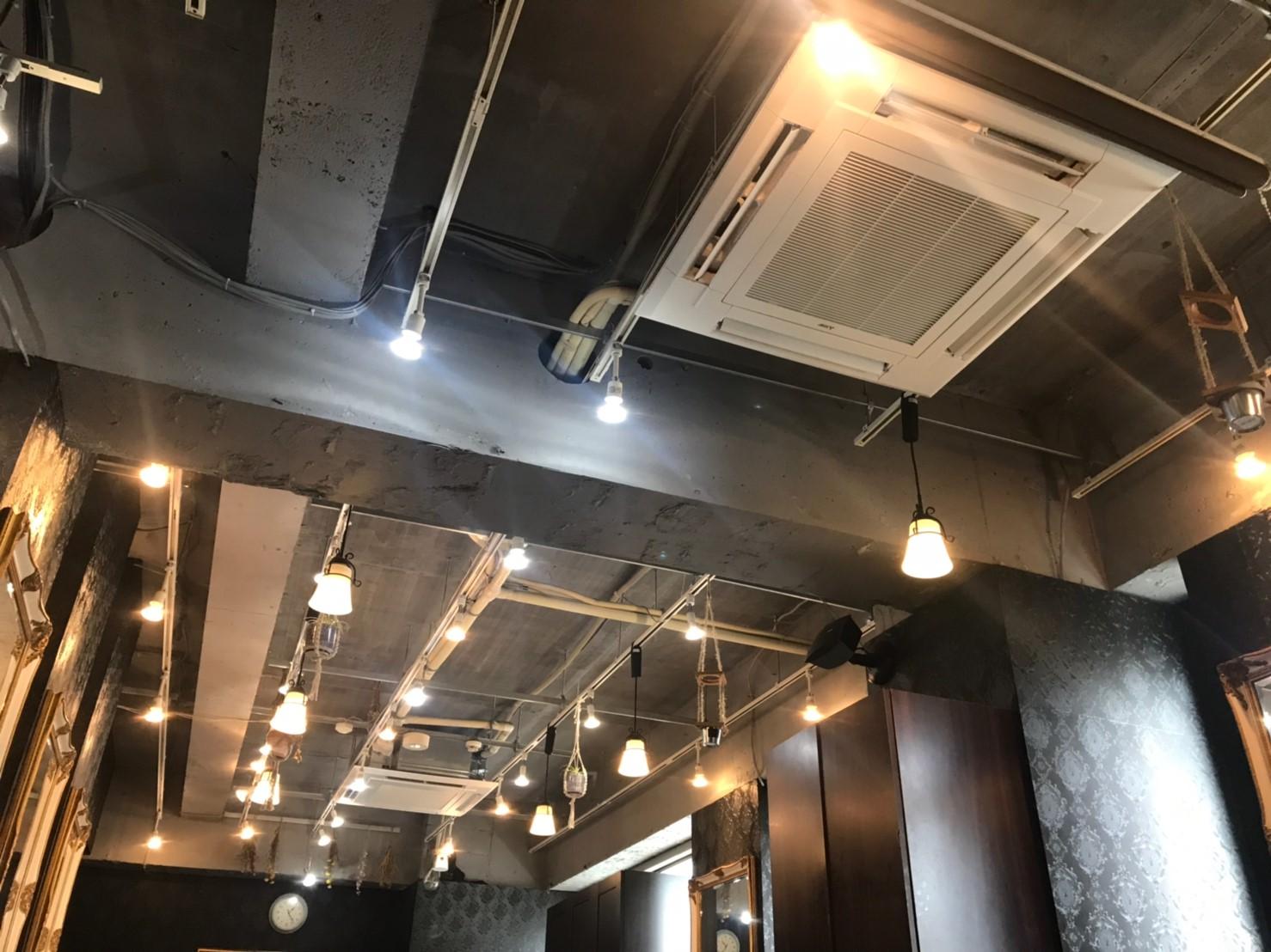 江戸川区美容室エアコン新規設置の画像